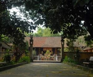 King Phung Hung Temple